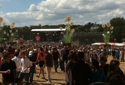 20 ans des Vieilles Charrues. Supertramp, David Guetta, Lou Reed, Aubert...
